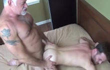 Muscled daddy barebacks younger lover