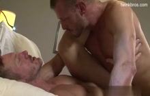 Hunk getting barebacked and creampied