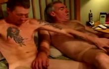 Bareback anal fun with a bear